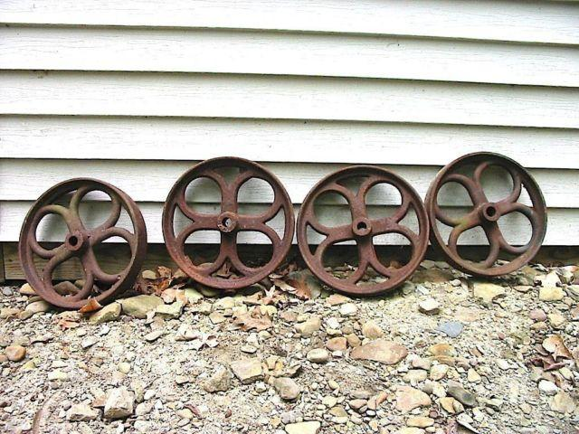 Antique Industrial Fancy Design Cast Iron Wheels For Railroad Cart