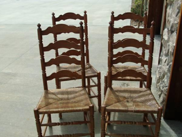 Hitchcock Ladderback Chairs Classifieds   Buy U0026 Sell Hitchcock Ladderback  Chairs Across The USA   AmericanListed