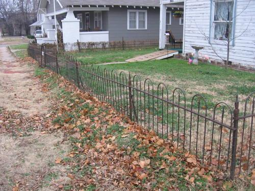 Antique Late 1800 S Or Early 1900 S Iron Fence 96 Ft