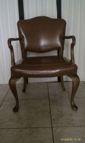 Wondrous Antique Leather Wooden Chair For Sale In Las Vegas Nevada Cjindustries Chair Design For Home Cjindustriesco