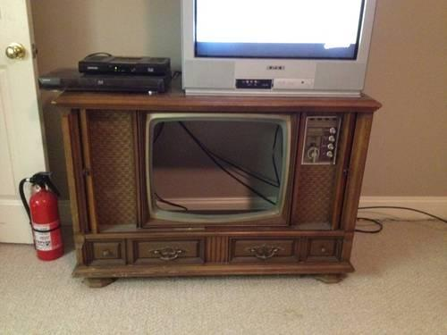 Antique Magnavox Tv Dial Style Stand For Sale In Brandon