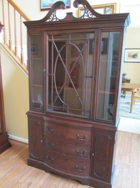 Drexel China Cabinet Classifieds   Buy U0026 Sell Drexel China Cabinet Across  The USA Page 2   AmericanListed