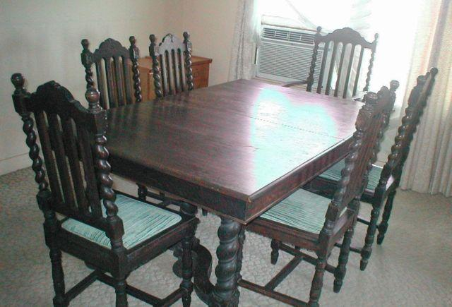 Antique Oak Barley Twist Dining Table & Chairs - Antique Oak Barley Twist Dining Table & Chairs For Sale In Odessa