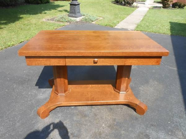 ANTIQUE OAK LIBRARY TABLE STAND DESK   $125