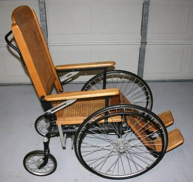 Antique reclining wheelchair bathchair oak cane for Wheelchair accessible homes for sale in florida