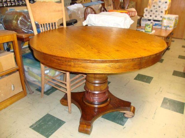 antique round oak dining table for sale in lakeview new york classified. Black Bedroom Furniture Sets. Home Design Ideas