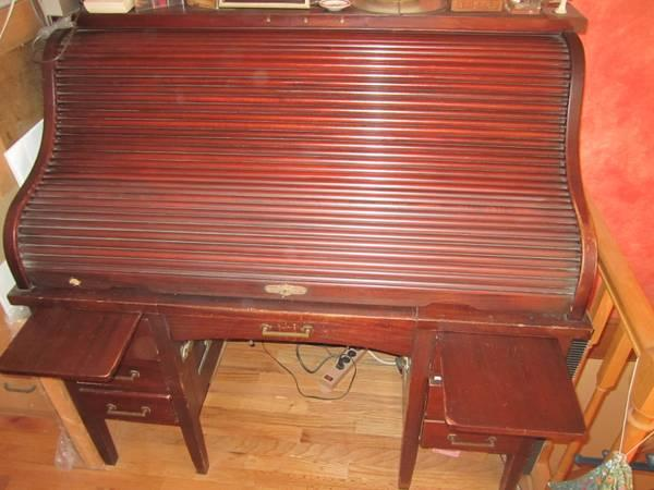 ANTIQUE S-ROLL TOP MAHOGANY DESK - $5000