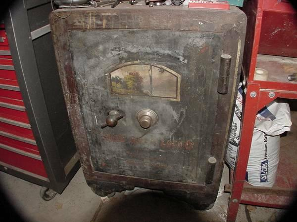Antique safe for sale in lodi california classified for Underground safes for sale