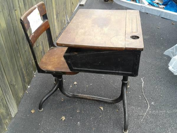 antique school desk with ink-well - $30 - Antique School Desk With Ink- - Antique School Desks For Sale Antique Furniture