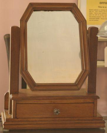 Antique Shaving Or Vanity Table Top Mirror