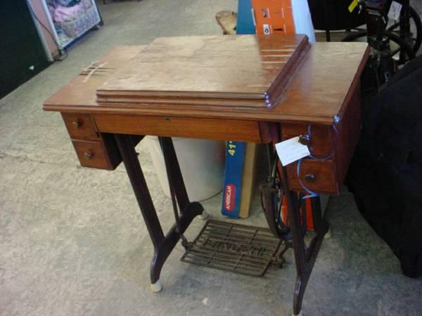 Antique Singer Treadle Sewing Machine - $99