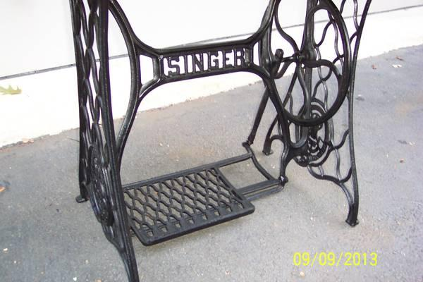 Antique Singer treddle sewing machine, marble top - $80