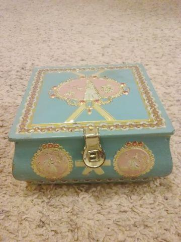 ANTIQUE TRINKET BOX WITH MISC TRINKETs