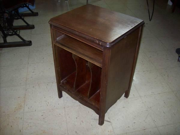 Antique Victrola Record Cabinet table RCA end table - Antique Victrola Record Cabinet Table RCA End Table For Sale In
