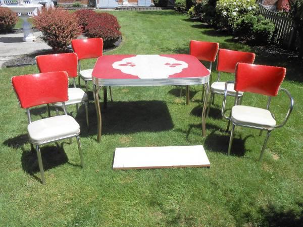 Retro kitchen table and chairs for sale learn about for Kitchen table chairs for sale