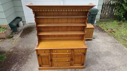 Antique Vintage 1954 Drexel Hutch Solid Wood Furniture For