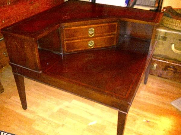 Antique Vintage Side Corner Table Leather Top For Sale