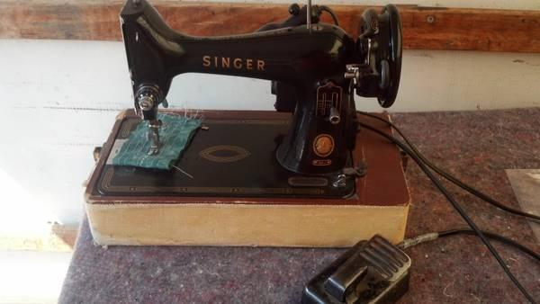 Antique  Vintage Singer 99 Sewing Machine - $49