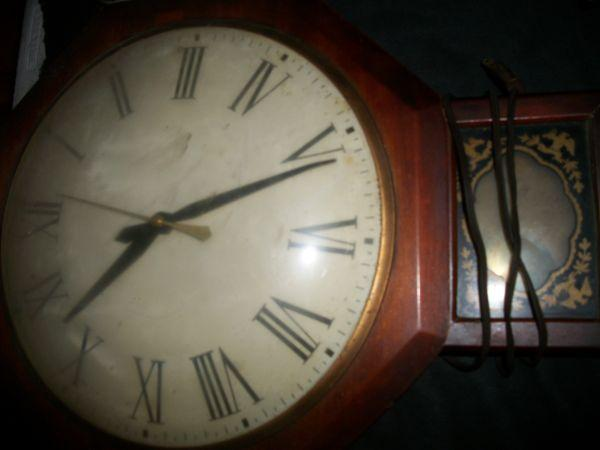 Antique Wall Clock - $40 (Clarksville)