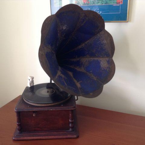 Antique Working Victrola