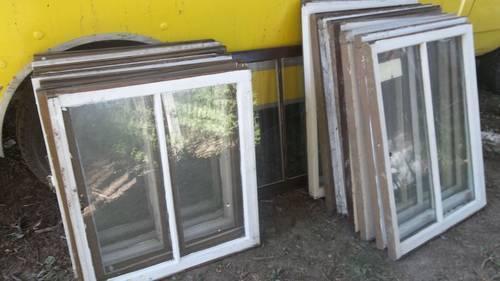 Antique Old Vintage 2 Pane Sash Wood Window Frames For