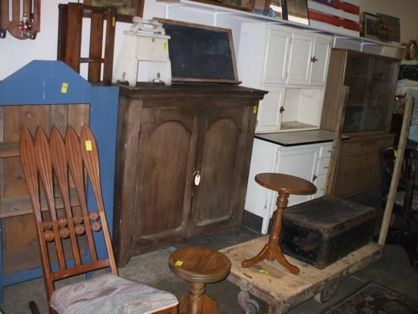 Antiques Sellers Cabinet Primitives Records Books Glass
