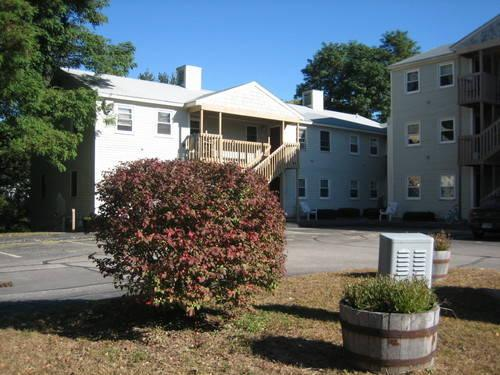 Apartments in Rochester, NH - McDuffee Brook Apartments ...
