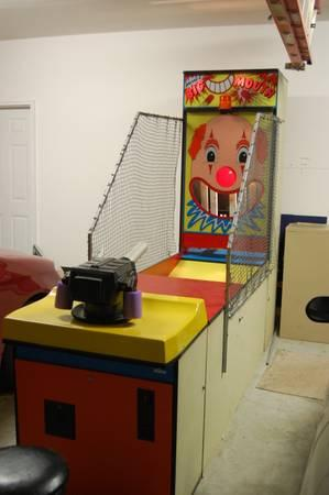 Arcade Game Big Mouth Ball Shooter For Sale In Piney