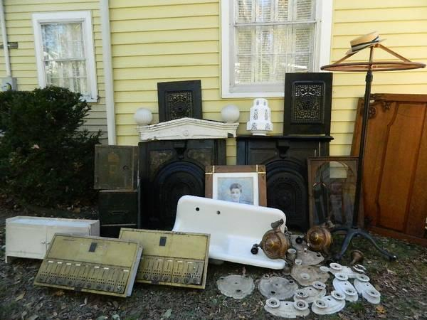 ARCHITECTURIAL SALVAGE-ART DECO-INDUSTRIAL-ADVERTISING-SHABBY CHIC! - $1