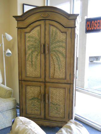 Armoire W/ Painted Plam Tree On The Doors   (60/40 Furniture Consignment,  Pensacola For Sale In Mobile, Alabama