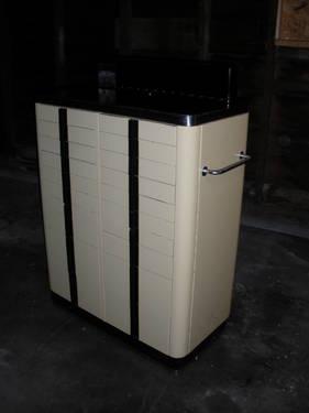 Delicieux Art Deco American Co. Vintage Metal Dental Cabinet,