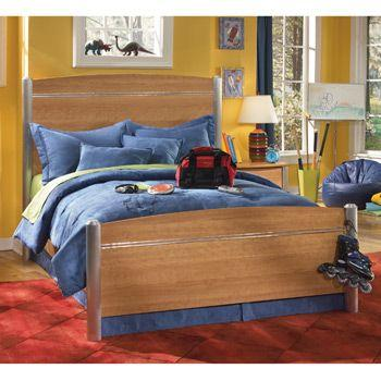 Ashley Furniture 9 Piece Bedroom Set   $800 (West