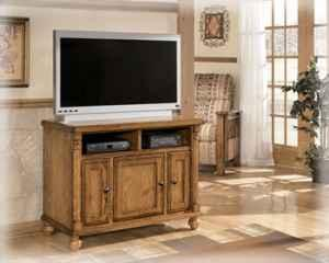 Ashley Oak Tv Stand Last One New Wcc Furniture For Sale In