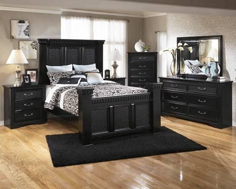 ASHLEY 39 S CAVALLINO BEDROOM SET For Sale In Greer South Carolina