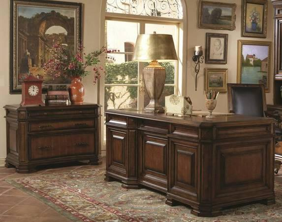 Aspen Home 72 Quot Executive Desk Amp Lateral File Cabinet For