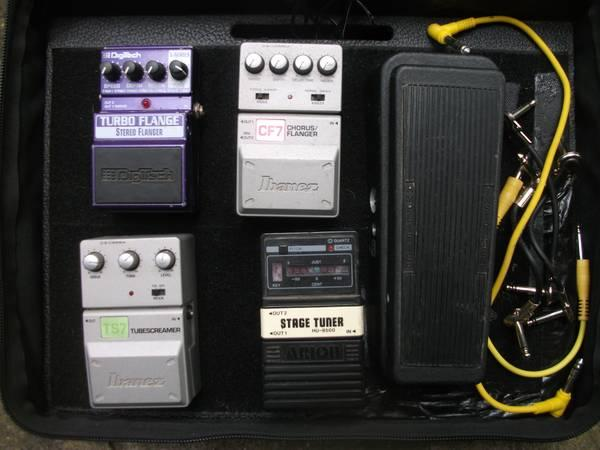 assorted guitar effects and pedal board for sale in crestview florida classified. Black Bedroom Furniture Sets. Home Design Ideas