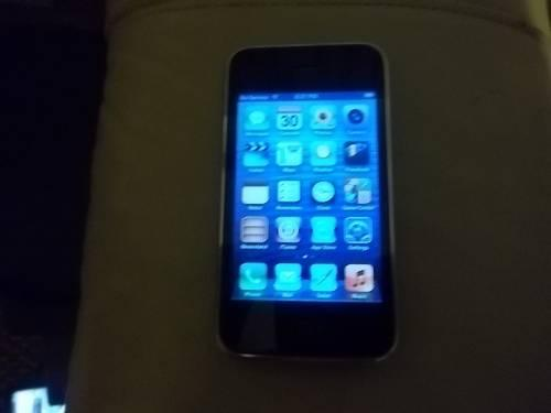 AT&T Iphone 3GS, 8GB, Great Screen