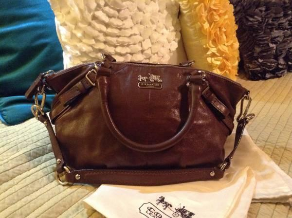 Authentic Coach Bag Brown Leather 120