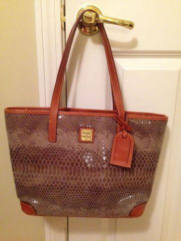 Authentic Dooney  Bourke Handbag Shopper style