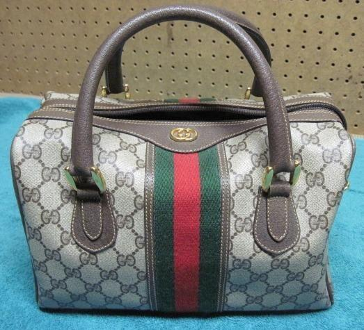 AUTHENTIC GUCCI PURSE FOR SALE! MUST SELL! O.B.O for sale in Escondido e61738a419482
