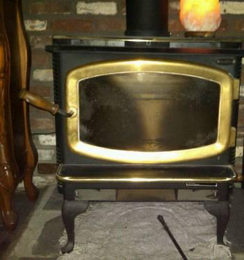 Cash N Carry >> Avalon wood stove with brass door trim for Sale in Durham, Connecticut Classified ...