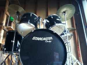 awesome full drum set great condition redding for sale in redding california classified. Black Bedroom Furniture Sets. Home Design Ideas