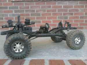 AXIAL SCX10 ROLLER - $150 (MARYVILLE)