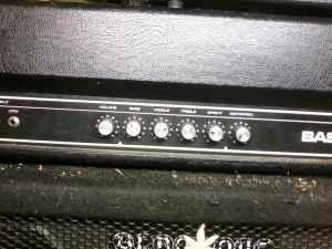 B100 yamaha bass head and 15 cabinet west eugene for for Yamaha eugene or