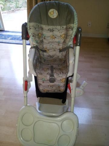 **Baby bouncer, high chair, potty chair, baby bath tub