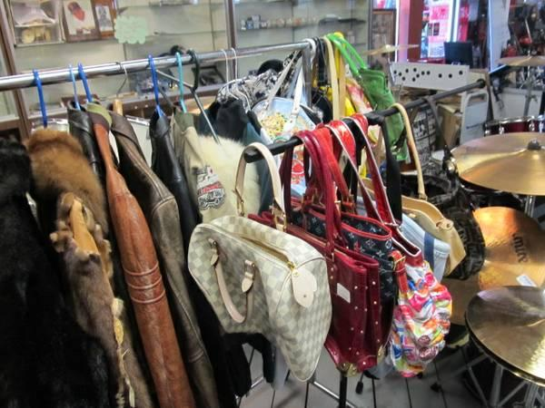 Cheap clothing stores   Five dollar clothing store