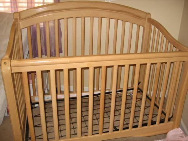 Baby Crib Simmons Juvenile Furniture For Sale In Grass