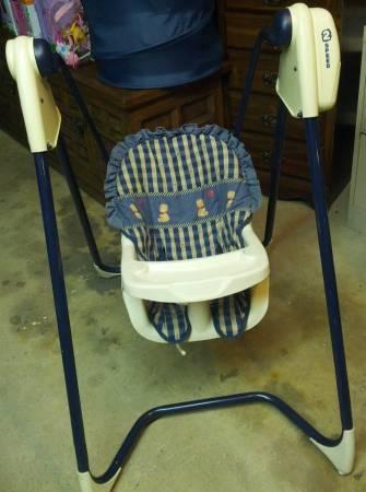 baby swing - $5