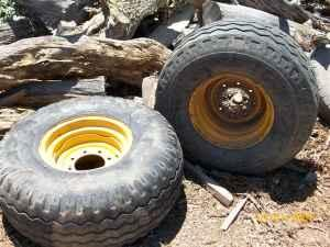 backhoe tire's - $100 (cornville az)