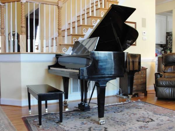 Baldwin Grand Piano - $15000